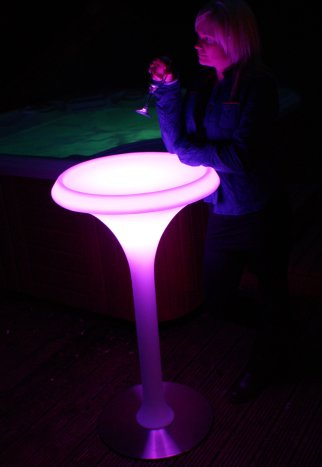 LED Poser Table