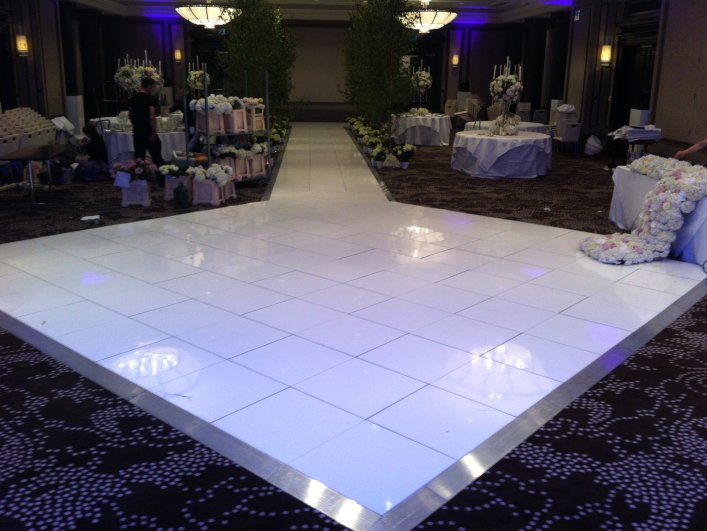 White Dance Floor Hire In The Uk
